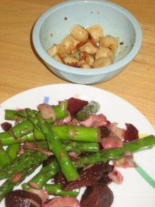 Spring Salad with Asparagus